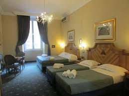 chambre salon am駭agement guesthouse les chambres d or rome italy booking com