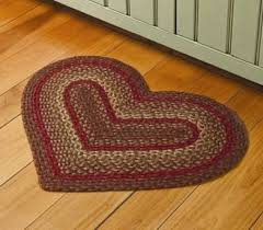 country braided rugs heart braided rugs country decor