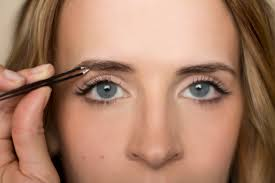 How To Arch Eyebrows Hair And Make Up By Steph Bow To The Brow Brow Grooming