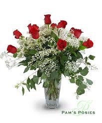 one dozen roses pam s posies one dozen roses dover florist dover flower delivery