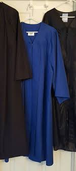 college graduation gowns college graduation gowns clothing shoes in peoria az offerup