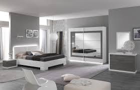 peinture bleu chambre chambre adulte moderne bleu et gris cheap peinture chambre adulte