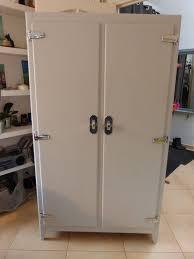 armoire basse chambre armoire basse chambre frais les 25 meilleures idées de la catégorie
