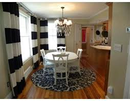 White Round Rugs Round Rug Under Dining Room Table Love This Look U003c3 Round