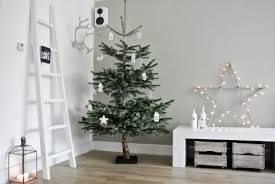Wohnzimmer Deko Ausgefallen Wohnzimmer Weihnachtlich Dekorieren Wohnkonfetti