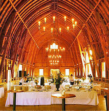sugarland barn in arena wi just outside of wedding - Rustic Wedding Venues In Wisconsin