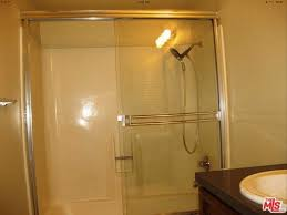 Glass Shower Doors Los Angeles by The Cheapest Listings In Los Angeles Koreatown Los Angeles The