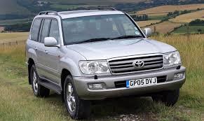 toyota land cruiser amazon station wagon review 2002 2006