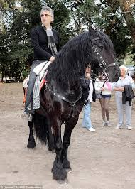 How To Tell If A Horse Is Blind Andrea Bocelli Was Hospitalised After Falling Off A Horse Daily