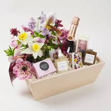 gift baskets los angeles midnight beauty gift box with flowers and rosé chagne