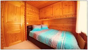 Schlafzimmer Queen Chalet Dargun Bünter Camischolas Sedrun 220 01 4 5 Zimmer