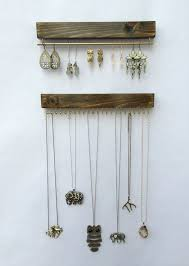 Jewelry Storage Solutions 7 Ways - best 25 dorm jewelry storage ideas on pinterest diy necklace