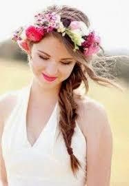 fleurs cheveux mariage 25 best ideas about couronne de fleurs cheveux on