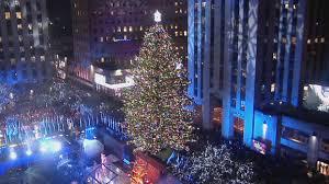 2016 rockefeller center tree lights up nbc new york