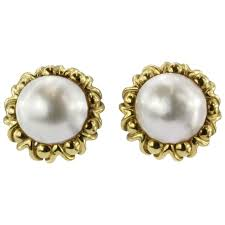 1970s earrings cartier mabe pearl yellow gold clip on earrings circa 1970s at