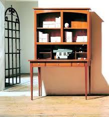 bureau classique le bureau secractaire un meuble classique et