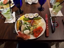 bar pour cuisine am icaine milwaukee salad bar guide 2018 onmilwaukee