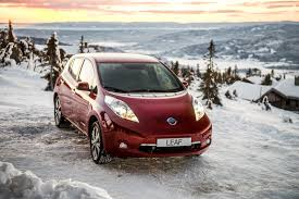 nissan leaf x grade features 2017 nissan leaf is a tad more expensive starts from 30 680