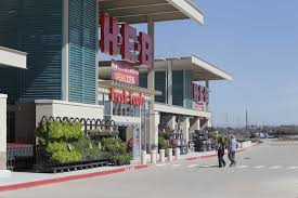 h e b store opens in growing area of clear lake houston chronicle