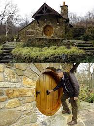 real hobbit house architect builds a real life hobbit house for a j r r tolkien fan