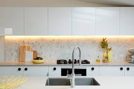 Splashback Ideas For Kitchens Carly U0026 Leighton And Josh U0026 Jenna Kitchens Impress On Reno Rumble