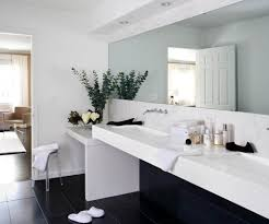 Contemporary Bathroom Vanity I Like This Beautiful Homes Inside And Out Pinterest Modern