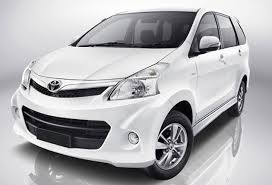 toyota india car toyota avanza in india preview indiandrives com