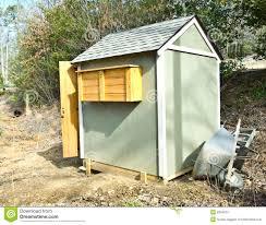 small garden shed stock photos image 8304873