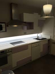 cuisine lube cuisine lube modèle creativa laque lila blanc absolu ileos