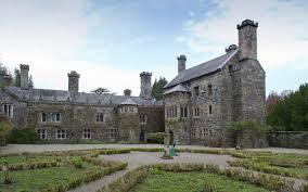 couple in plea to find u0027missing room u0027 of welsh castle