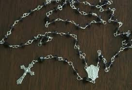 diy rosary 7 tips for creating a sacred space in your home the decor guru