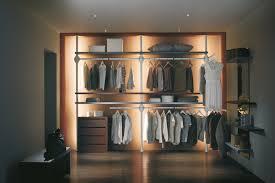 stanza guardaroba cabina armadio et voilà organizza lo spazio e i tuoi vestiti