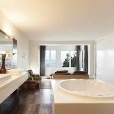 chambre de bonne pas cher chambre blanche et bois