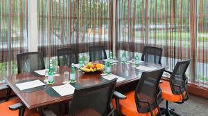 Daily Table Boston Doubletree Club By Hilton Hotel Boston Bayside