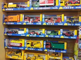 bruder fire truck turtle pond toys bruder