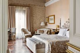 the most luxurious boutique hotels in el centro seville