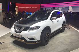 qashqai nissan 2017 nissan unveil a new driverless version of the qashqai thinking
