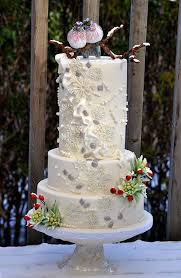 christmas wedding cakes 54 best winter wedding cakes and cupcakes images on