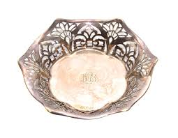 monogrammed serving dishes 1920s harrison sons epns serving dish monogrammed vintage silver