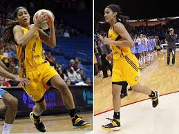 skylar diggins headband skylar diggins rocks soldier vii tulsa shock away pe in wnba debut