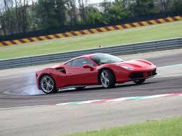ferrari coupe 2017 lietuvoje daugėja superautomobilių liepą įregistruoti u201eferrari
