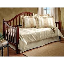 hillsdale daybed with pop up trundle hillsdale daybed with pop up