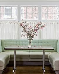 beautiful banquette u shaped this beautiful banquette seats quite a few diners it