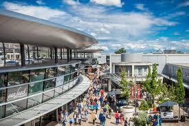 designer outlets wolfsburg neue geschäfte mehr parkplätze designer outlets der ausbau