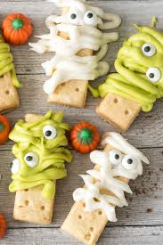 mummy and monster dirt cups crazy for crust