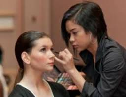makeup school in beauty school chicago il