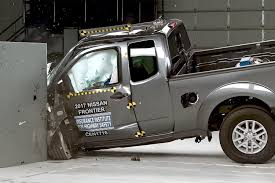 Mid Size Dodge Pickup Iihs Finds Midsize Pickups Safe Ish But Lacking In Safety Tech
