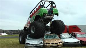 bigfoot monster truck youtube monster truck crushing cars youtube