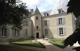 chambre hote chateau loire chambre d hôtes château d isoré à beaumont en veron indre et