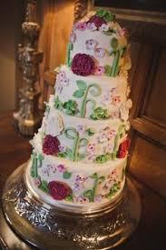 v6 berry bliss white strawberry short cake and wedding cake